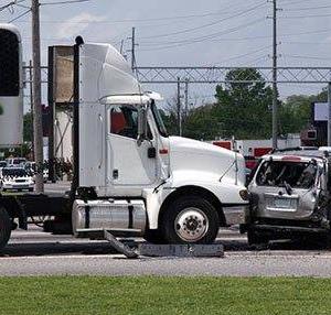 Abogado de Accidentes de Camiones de 18 Ruedas